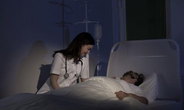Jak umiera ciało człowieka? Ostatnie godziny przed śmiercią