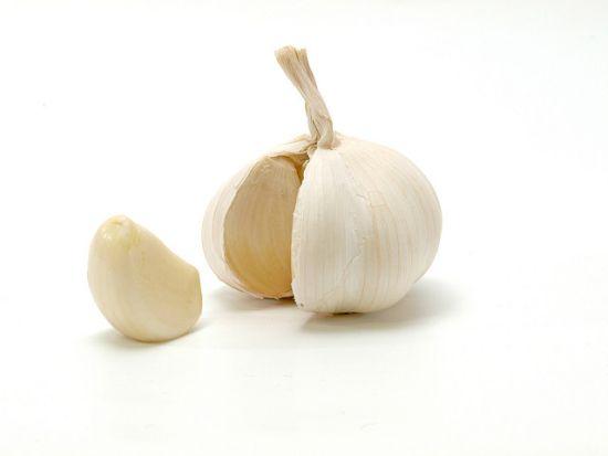 Czosnek i warzywa z rodziny czosnkowatych w profilaktyce raka