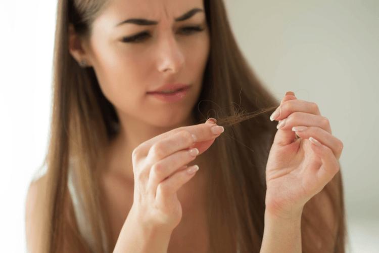 Włosy po chemioterapii – poradnik
