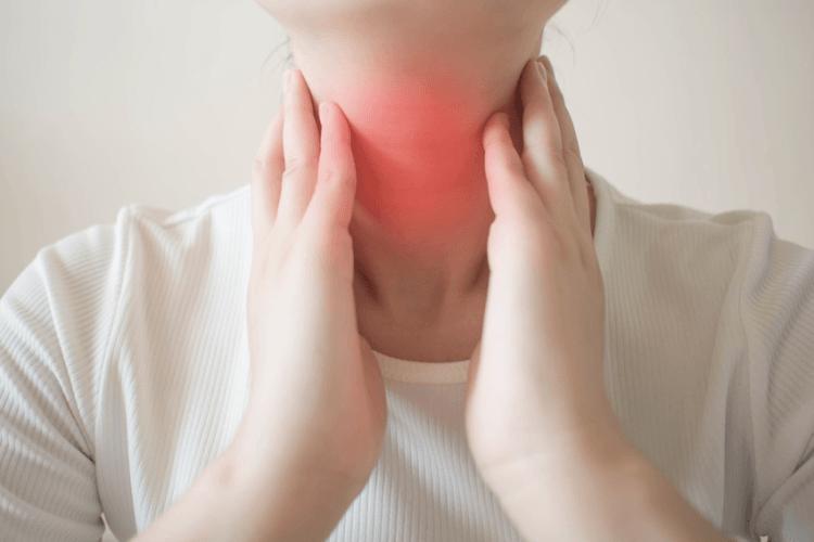 Rak krtani i gardła - objawy, leczenie i rokowanie