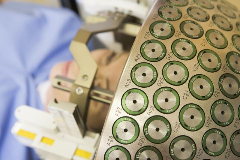 Nóż gamma knife do leczenia guzów mózgu