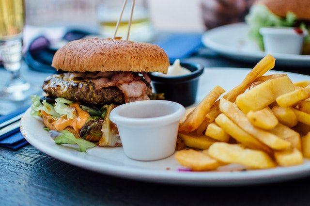 Żywieniowe czynniki wpływające na ryzyko zachorowania na nowotwór