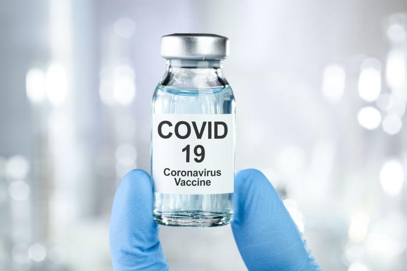 Lek na koronawirusa – najbardziej obiecujące terapie